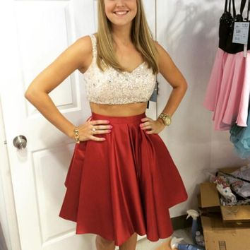 Red Two Piece Strap V-neck Short Homecoming Dresses With Sequined