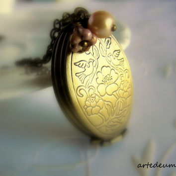 Locket Necklace Antique Locket Folding Vintage Inspired Gold Locket Photo Locket Oval Locket Carved Locket
