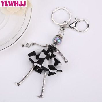 ONETOW YLWHJJ brand 2017 new women lovely black dress bag doll keychain girl key chain car pendant metal Resin baby hot fashion jewelry