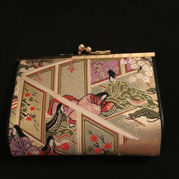 Vintage Japanese Coin Purse, embroidered panel scenes, gold accenting, roomy 3 compartment interior, Geisha Scenes, Oriental wallet