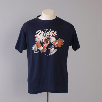 Vintage 80s The FRIDGE T-SHIRT / 1980s William Perry Chicago Bears Tee Shirt L