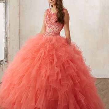 Tcmldr Luxury Ruched Ball Gown Quinceanera Dress 2017 New Arrive Beaded Crystal Ruffles Debutante Gown Plus Size Sweet 16 Dress