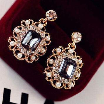 Korean Earring Ladies Accessory Diamonds Pearls Vintage Stylish Crystal Earrings [6048774081]