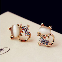 Cat 18 K Gold-plated Opal Rhinestone Stud Earrings