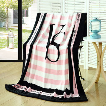 Pink VS Secret Blanket Manta Fleece Blanket Throws on Sofa/Bed/Plane Travel Plaids Hot Limited Battaniye 150cmx200cm baby brand