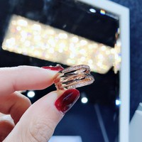 DCCK 017 Pandora Gold intertwined ring