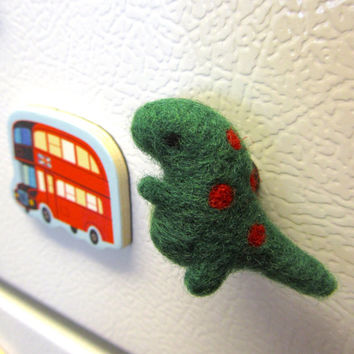 Needle Felted Dinosaur Magnet, Needle felted animal, TRex, Dinosaur decor, Miniature dinosaur, Tyrannosaurus Rex, Cute magnets, Felt magnets