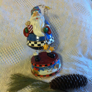 Santa Claus Figurine Music Box Christmas Santa Handpainted Resin Metal Statue Holding Presents Stars Plays Music Vintage Holiday Home Decor