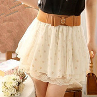 Romantic moments — nice skirt Short skirt of tall waist lace wave point