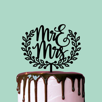 Wedding Cake Topper, Mr and Mrs Wreath, Custom Cake Topper, Custom Cake Decor