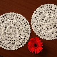Vintage Crochet Doilies - Set of 4 HANDMADE DOILIES - Table Decor- Table Coaster - Wedding Decor- Table Decor ideas 2015