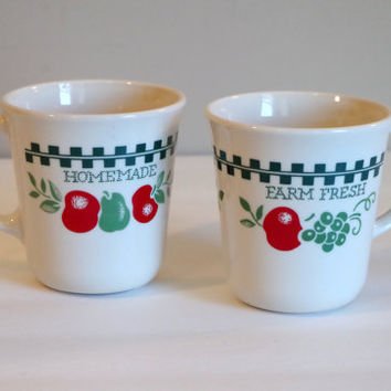 Vintage Corning Mug Set- Homemade Farm Fresh 2 Coffee Tea Mugs- Made in USA Microwave Safe- Apples Pears Grapes Motif- Country Kitchen Decor
