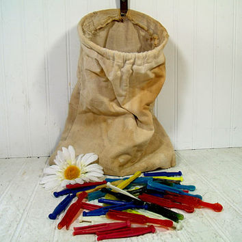 Ultra Shabby Chic Vintage Clothespin Bag - Aged Stained Canvas Fabric on Galvanized Metal Hanger - 33 Colorful Plastic Clothespins Included