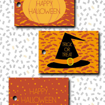 Halloween tag INSTANT DOWNLOAD trick or treat  favor label / digital printable pdf / diy party bags decoration goodies thank you card r