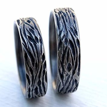 nature wedding ring set silver wedding band set, unique wedding rings, wood grain rings, carved silver rings matching wedding bands his and hers