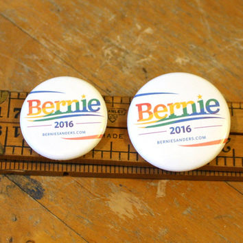Bernie Pride 2016 Button Pinback Badge Pin Sanders President Feel The Bern Go Bernie!