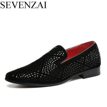 men dress shoes luxury brand rhinestone studded loafers cool poined toe italian moccasins spiked diamond ballet flats for men