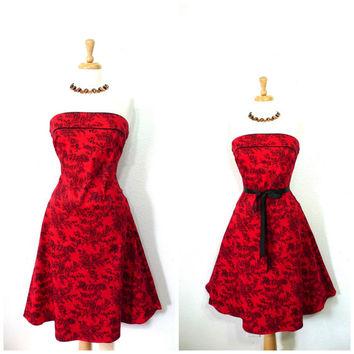 Vintage 80s Strapless Floral Print Dress Cotton Knee Length Red/Black Sweetheart Blue Pin-up Garden Party