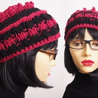 Red and black hat - Multicolor cloche - Red crochet hat - Chunky knit hat - Womans knit hat - Womans winter hat - Teen girl hat - Stripe hat