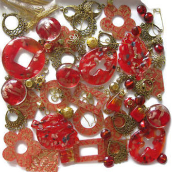 170+ Pc Assorted Beads Pendants Findings Christmas Red Gold Jewelry Crafts Glass