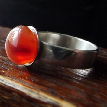 Amber Glass and Sterling Silver Ring Size by SimonAldersonGlass