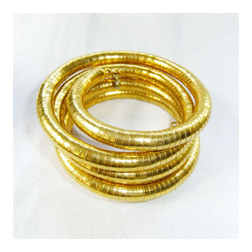 Gold Coil Bangle Bracelet with Serpentine or Snake Finish, Five Springy Coil Bands, Size 5, Egyptian Revival Style