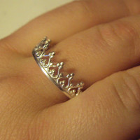 Argentium sterling CROWN ring, adorable, dainty, for any age , for the Princess, or the Queen in you