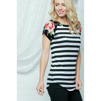 Striped Body Floral Short Sleeves Raglan Top