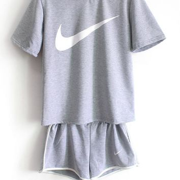 Nike Women Casual Short Sleeve Top Sport Gym Sweatpants Set Two Piece Sportswear