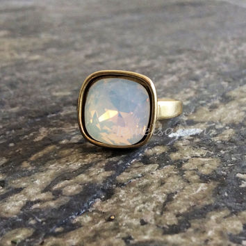 Opal Ring Antique Silver Gold White Moonstone Ring Jewelry Gift Birthstone Swarovski Crystal Gemstone Moon Modern C1 T1