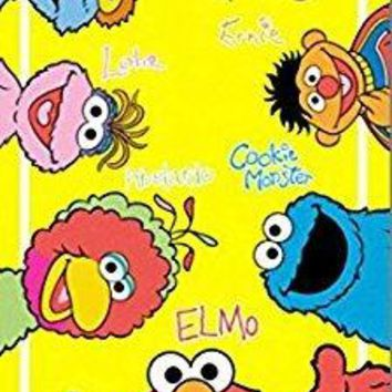 Sesame Street Plaza Sesamo Elmo, Ernie, Bert, Cookie Monster and Friends Fiber Reactive Beach Towel