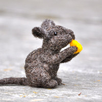 DIY Felted wool Mouse - Needle Felting Kit