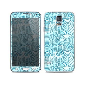 The Abstract Blue & White Waves Skin For the Samsung Galaxy S5