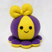 Team colors octopus plush toy
