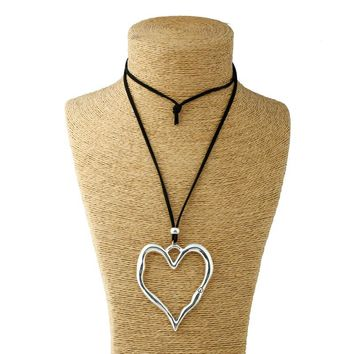 1pcs Silver Lagenlook Large Abstract Alloy Heart Pendant Long Suede Leather Necklace