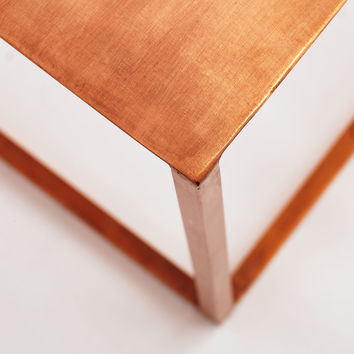 Rose Iron Cube Table