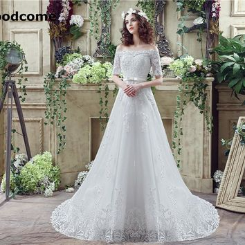 2018 Vintage A Line Wedding Dresses Lace Up Strapless Short Sleeve Sweep Train Custom Made Exquisite Lace Bridal Gown