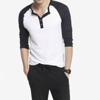 TRI COLOR HENLEY BASEBALL TEE