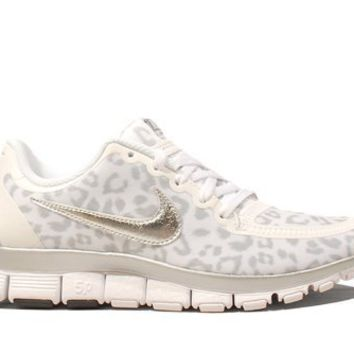 Nike Women's Free 5.0 V4:Amazon:Shoes