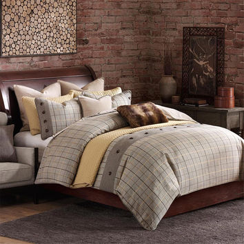 Hampton Hill Shadow Mountain  Polyester Jacquard 8pcs Comforter Set, Beige