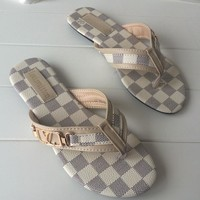 Louis Vuitton LV New fashion tartan flip-flops Slippers sandals White