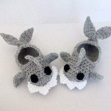 Crochet Baby Shark slippers, house shoes-Crochet Baby Booties-for Baby or Toddler-Gray baby booties-newborn crochet boy slippers-animal