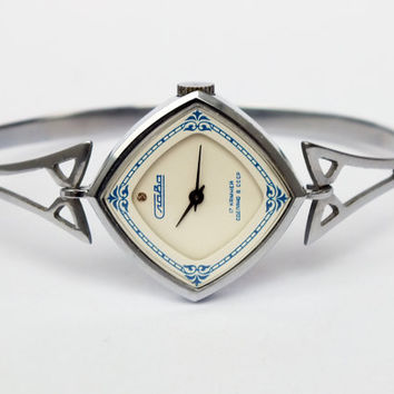 Watch SLAVA (Glory) Vintage Watches For Women Womens Watches 80s From Soviet Russia Ladies Watch Bracelet Silver Tone Mint Condition Watch