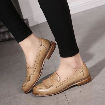 big size 40 comfortable women quality leather Retro tassel brogue middle mouth loafer lady all match leisure shoes