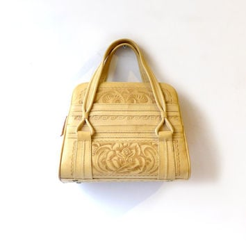 Vintage  tooled cream mexican leather boho handbag purse