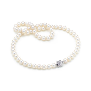 Tiffany & Co. - Tiffany Signature™:Pearl Necklace