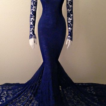 Lace Mermaid Gown, Silk stretch lining, lace overlay.