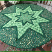 Quilted Table Topper St Patrick Plaid 680