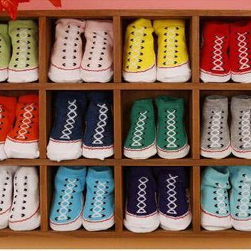 DCKL9 2Pairs/lot 0-6M Baby Girls Boys Slipper Socks 3D Shoe Socks Fake Plimsolls Converse Al