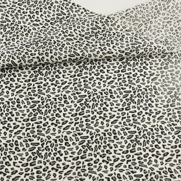 Leopard Printed 100% Black Cotton Fabric Quilting Patchwork Sewing Dolls Toy Home Textile Bedding Tales Tissue Fat Quarter Craft